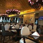 中聯粵海國際酒店