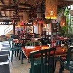 Photo de Two Friends Patio Restaurant