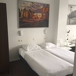 Iris Hotel Foto