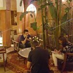 Patio interior, zona central Riad Dar Attajmil