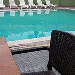 Havuz guzel ve temiz hic kalabalik değil