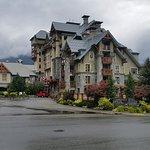 Photo de Pan Pacific Whistler Village Centre