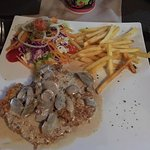 Well Done Restaurant Foto