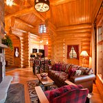 Alpine Village Cabin Resort - Jasper