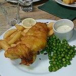 Plato de fish and chips