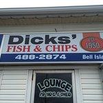 Dicks's Seaview Lounge & Restaurant