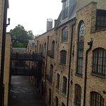 Photo de Gate House Apartments, Tower Bridge