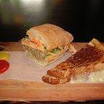Meat & Bread Foto