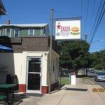 Foto de Teds' Restaurant-World Famous Hamburgers