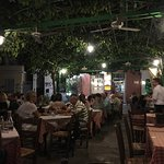 Photo de Taverna Platanos