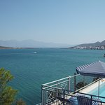 Photo de Kavos Bay Apartments