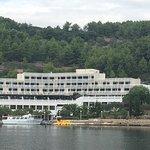 Hotel Adria vom Schiff aus gesehen