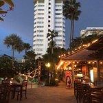 Foto de Jomtien Palm Beach Hotel & Resort