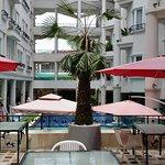 Photo de Holiday Villa Nataya Sihanoukville