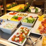 Favored Hotel Domicil Buffet Breakfast