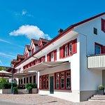 Foto de Hotel Restaurant Lowen Dielsdorf