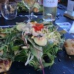Bar sauce agrume avec carottes julienne de légumes et petit écrasé de pommes de terre! Succulent