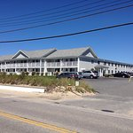 One of 3 building at Surfside Resort