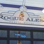 Rogue Ales Bayfront Public House Foto