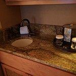 Mini sink in King mini-suite