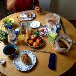 Holländisches Frühstück aus dem Kühlschrank
