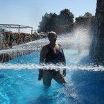 Podes disfrutar del parque recreativo acuático sin costo y con traslado ,ideal para niños .-