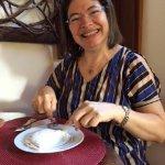 A deliciosa tapioca de abacaxi com queijo de coalho e o ar de aprovação