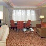 Photo de DoubleTree by Hilton Hotel Los Angeles - Norwalk