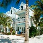Sandy Terrace View Parrot Key Resort