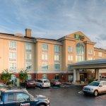 Photo de Holiday Inn Express Columbia I-26 at Harbison Boulevard