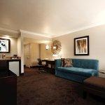 1 Queen Alcove Suite