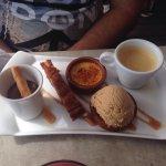 Galette savoyarde , moules cidres lardons frites , café gourmand, galette caramel maison un déli