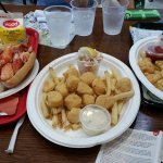 Great Fried Seafood Amidst a Sea of Outlet Stores