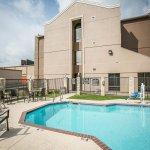Photo of Comfort Suites NW Lakeline