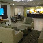 Foto de Holiday Inn Express Hotel & Suites Fayetteville-Univ of AR Area