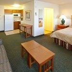 Photo de Staybridge Suites South