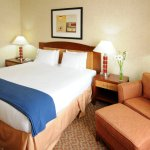Photo de Holiday Inn Express Hotel & Suites Brampton
