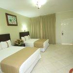 Habitación con camas matrimoniales