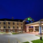 Holiday Inn Express Hotel & Suites East Lansing