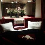 Foto de Designer Inn and Suites