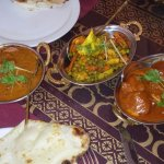 The 4 of us shared 3 dishes with rice and naan: karahi paneer, subz jalfrezi, and butter chicken