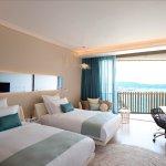 Twin Hilton Deluxe Seaview