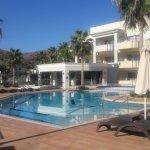 Photo de Molos Bay Hotel