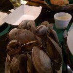 Fresh Steamed Maine Clams--Large Portion