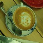 cafe con cara de gatito