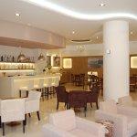 Photo of Athinaikon Hotel