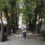 Einer der schönsten Biergärten der Region - und super Bier und tolles Essen!!!