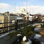Вид из террасы кафе соседнего отеля (куда нас отводили на завтрак)