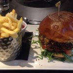 Veggie Haggis Burger with chips