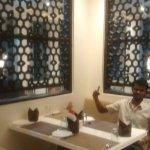 Hotel Madhushrie Foto
